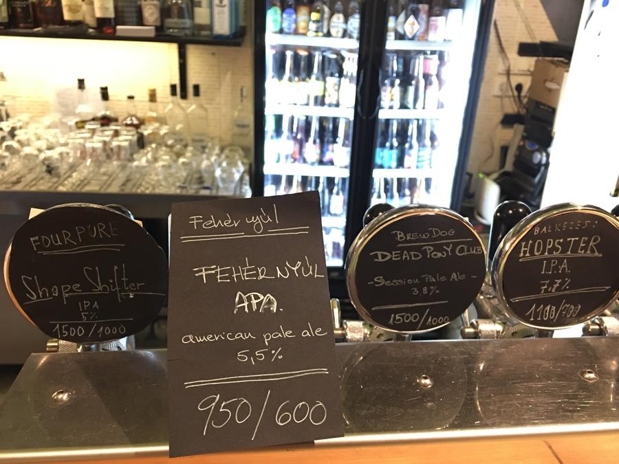 Ritka, mint a Fehér Nyúl – új sörfőzde Budapesten