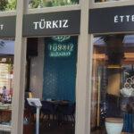 türkiz-bejárat-IMG_20210813_133813